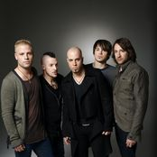 Daughtry – Crawling Back to You