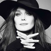 Carla Bruni – Little French Song